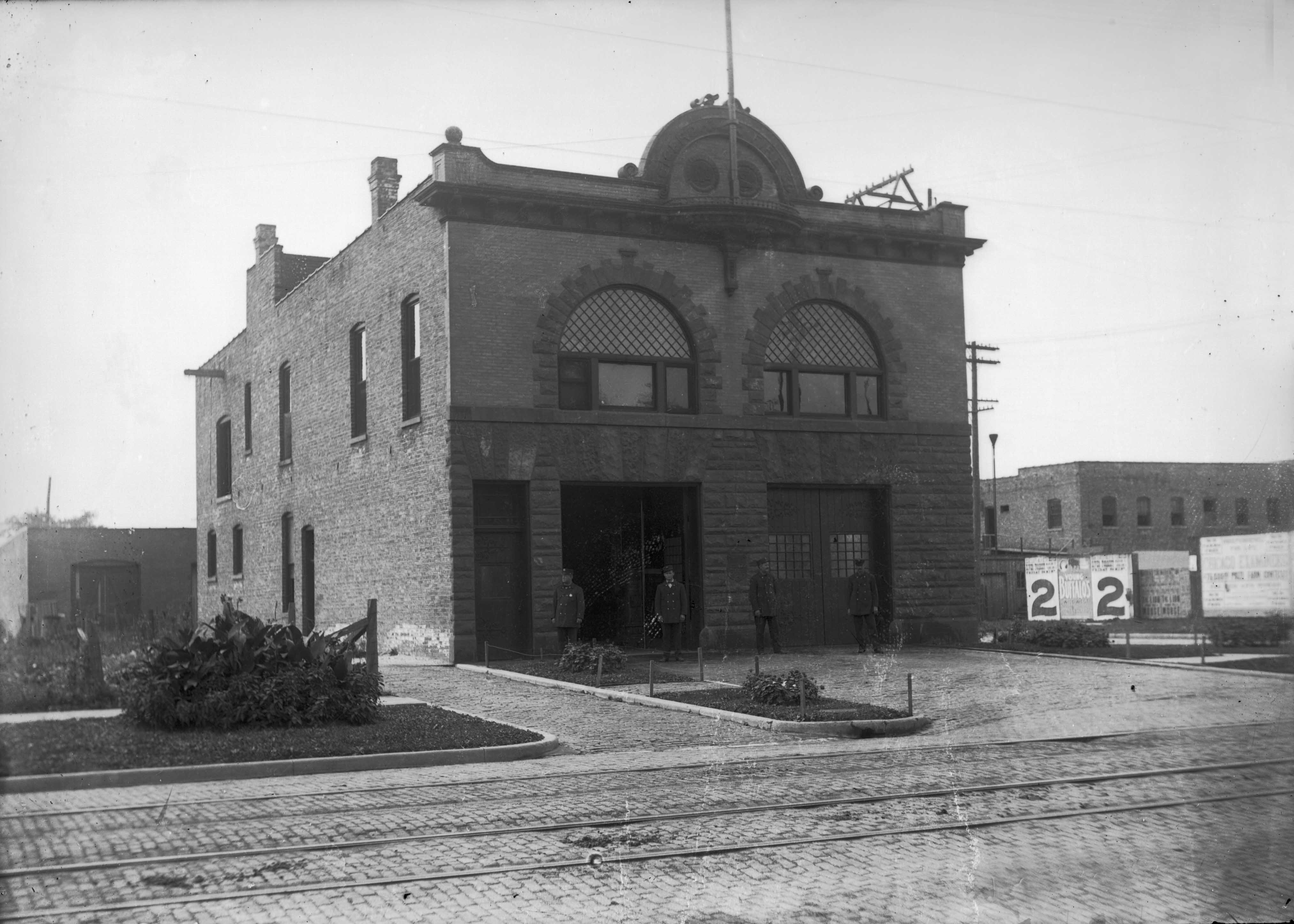 Vintage photo of Cicero Fire Company building in Oak Park.