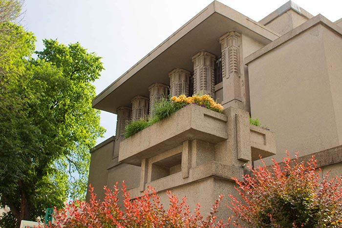 Photo of the exterior of Unity Temple
